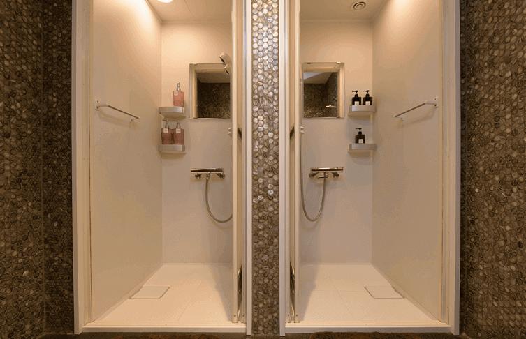 クレビックのシャワールーム